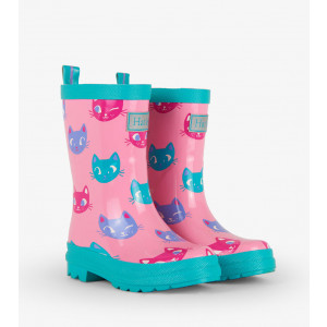 rainboots-kitten-face-front