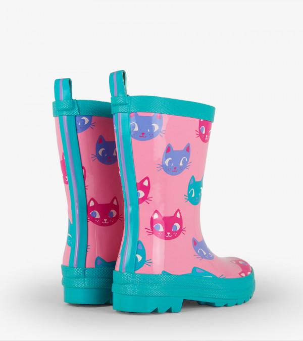 rainboots-kitten-face-back