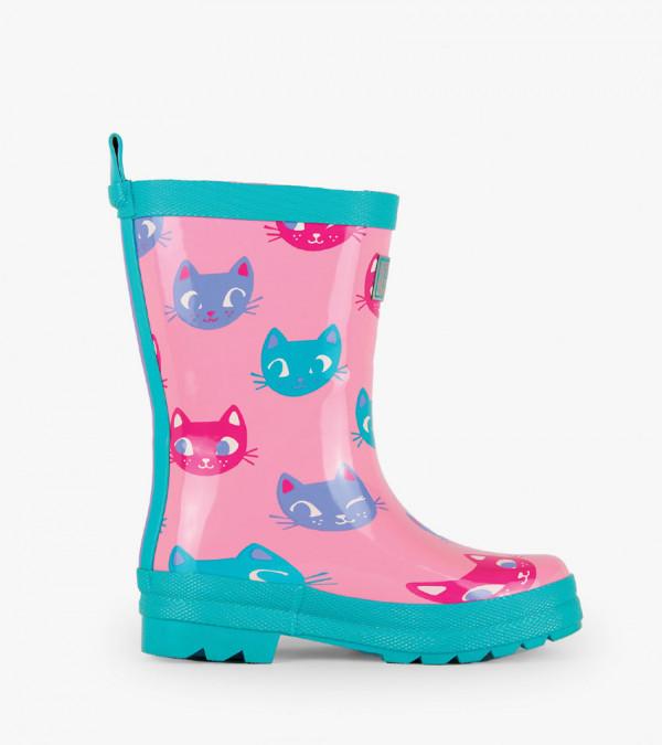 rainboots-kitten-face-side